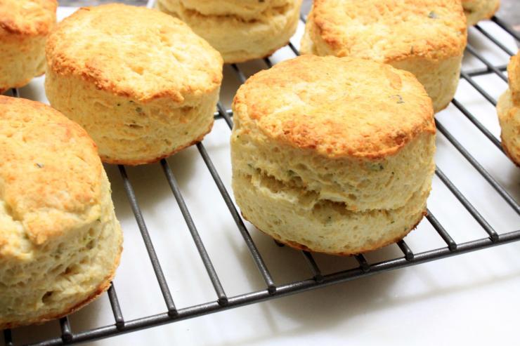 cheddar & sage biscuits